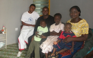 Joshua-nwafor-and-family